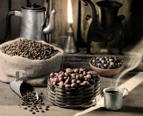 What is breakfast blend coffee, spilled coffee beans