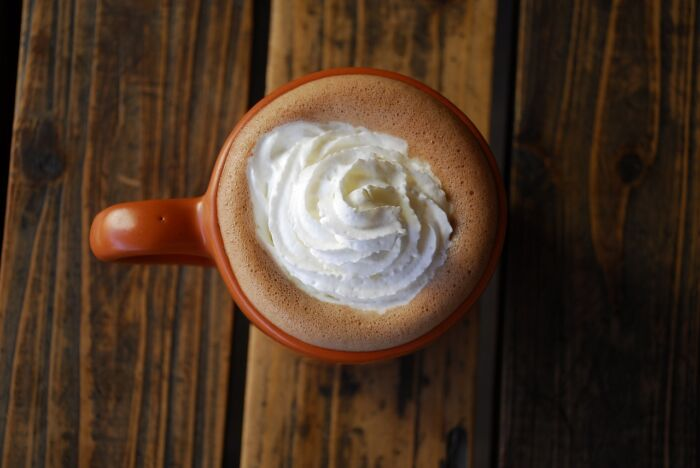 Why and How to Use Heavy Whipping Cream for Coffee